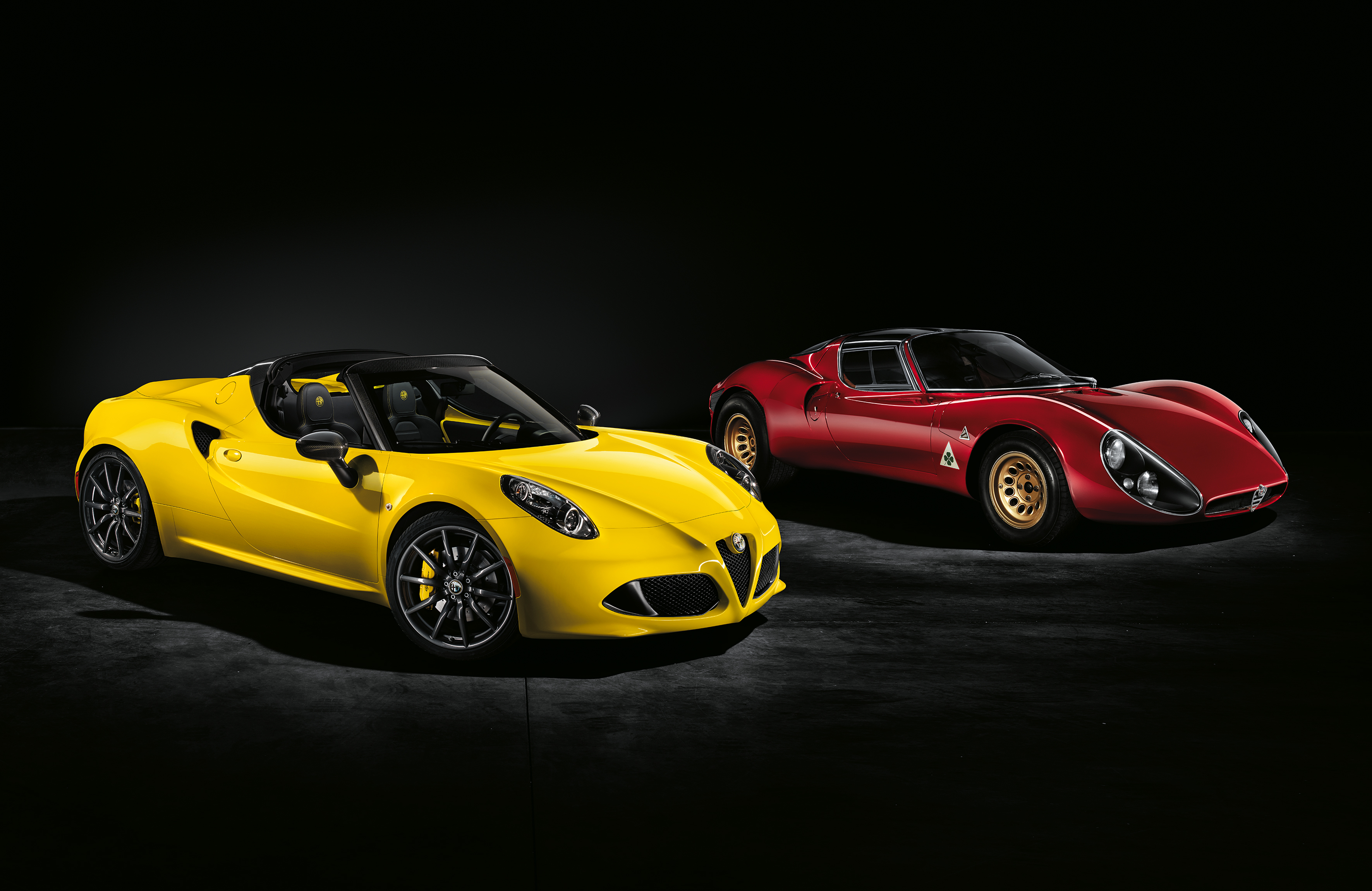live photos alfa romeo releases stunning 4c spider in geneva 2015 autoevolution. Black Bedroom Furniture Sets. Home Design Ideas