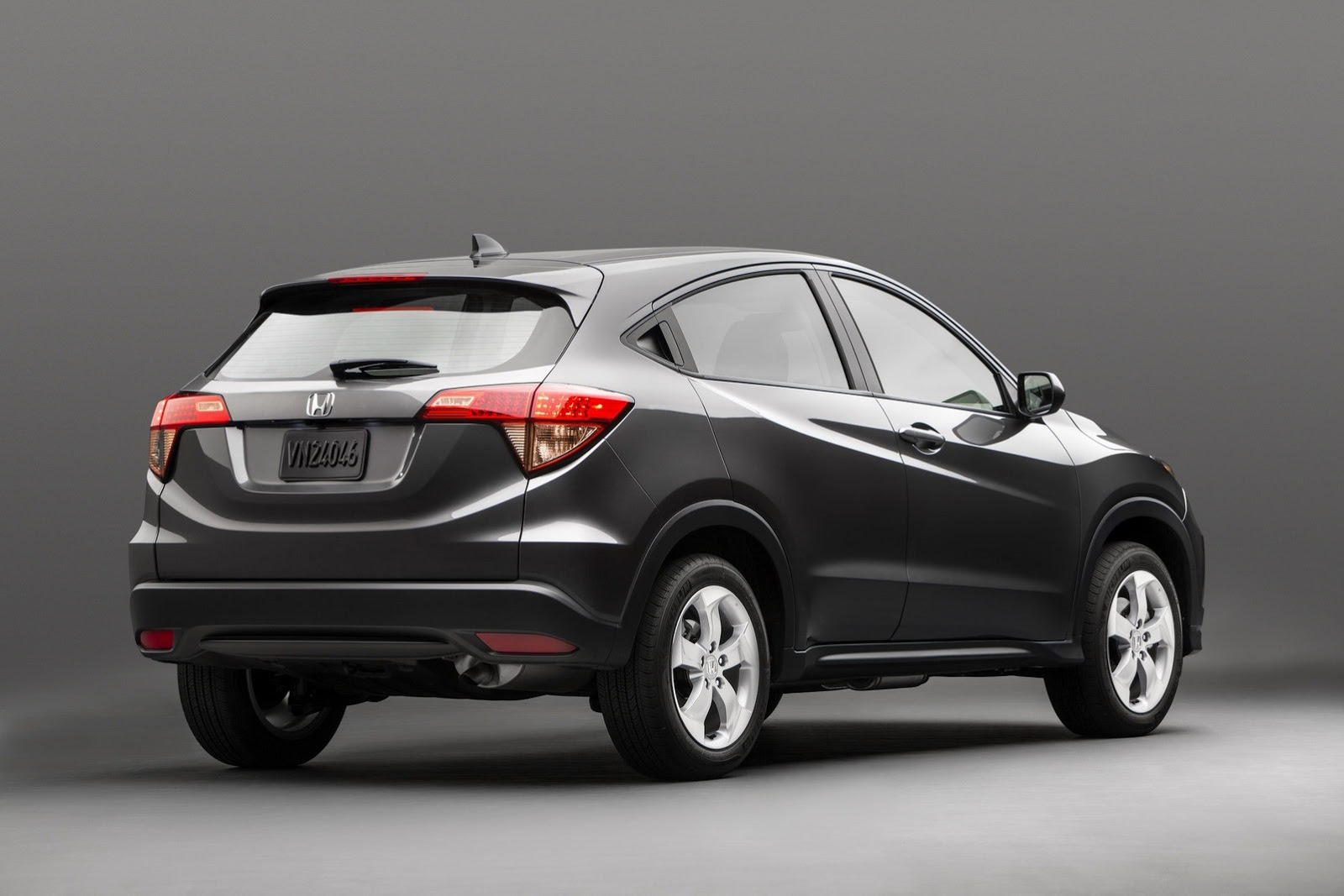all new 2015 honda hr v will launch this winter autoevolution. Black Bedroom Furniture Sets. Home Design Ideas