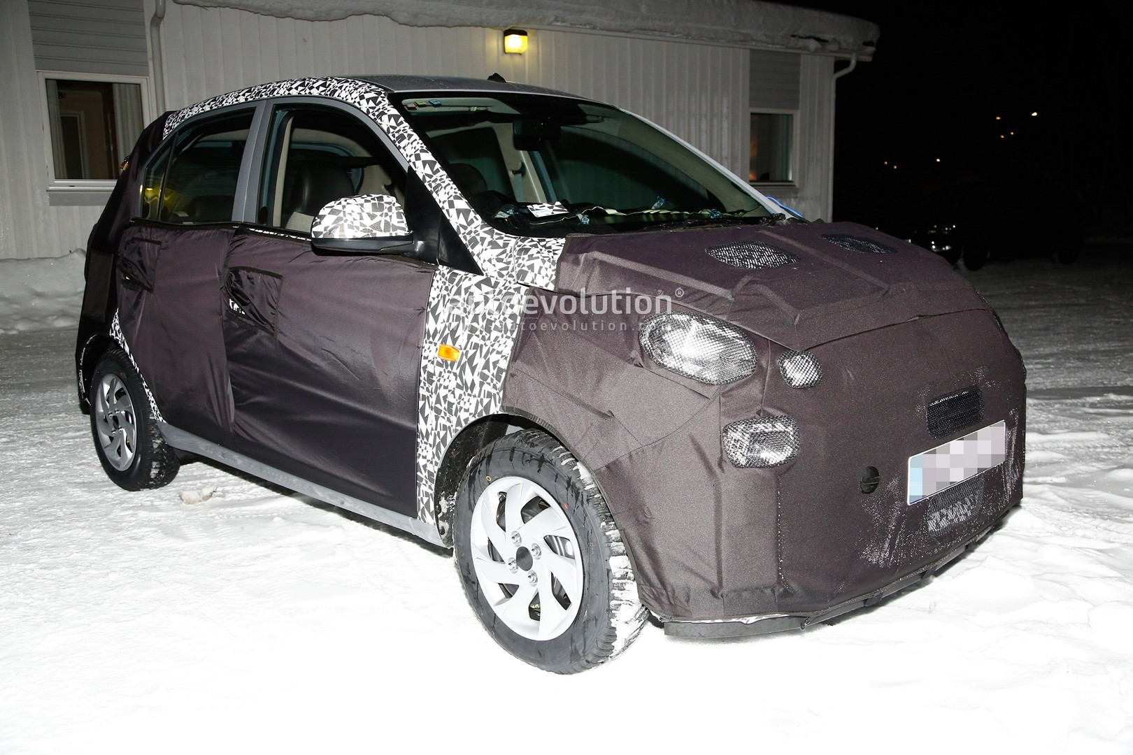 indian hyundai santro spied undergoing winter testing in europe, is