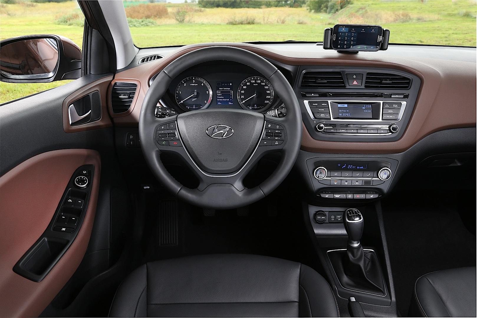 all new hyundai i20 interior detailed autoevolution. Black Bedroom Furniture Sets. Home Design Ideas