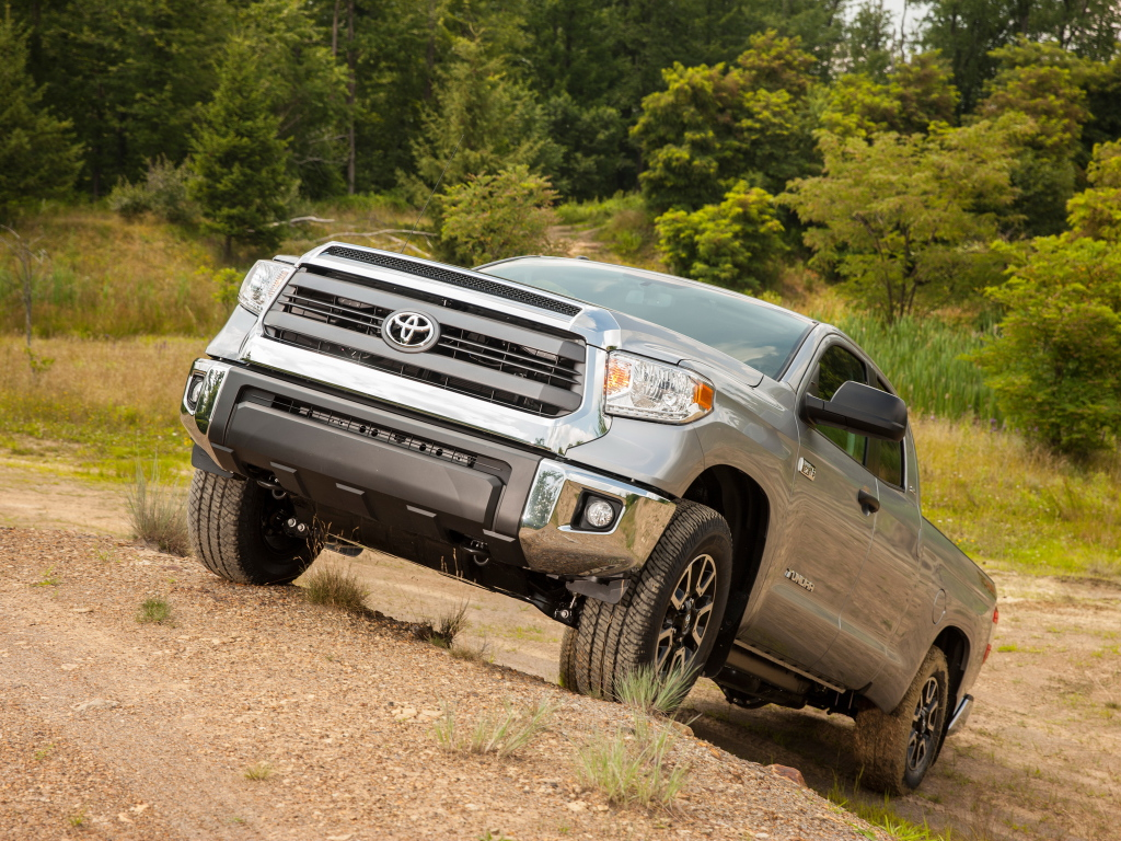 all new tundra is toyota s biggest priority for the u s market autoevolution. Black Bedroom Furniture Sets. Home Design Ideas