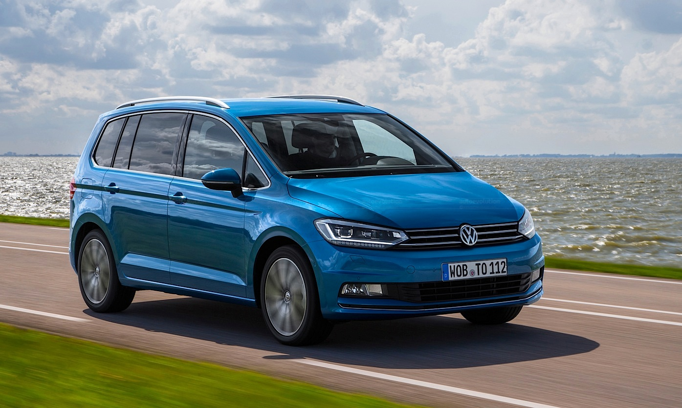 all new volkswagen touran looks sharper than a picasso in latest hd photos autoevolution. Black Bedroom Furniture Sets. Home Design Ideas