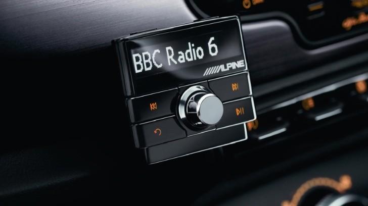 Alpine Launches Ezi Dab Digital Radio Adapter Autoevolution