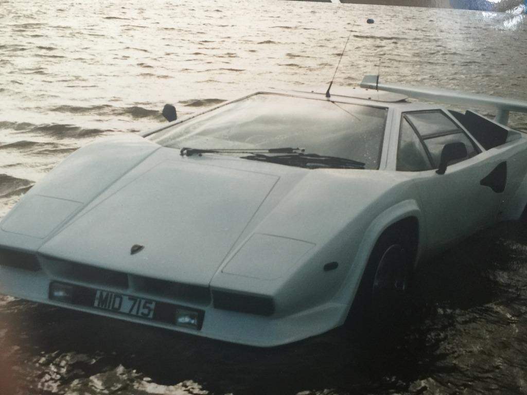 Amphibious Lamborghini Countach Replica Is 27 000 Worth Every