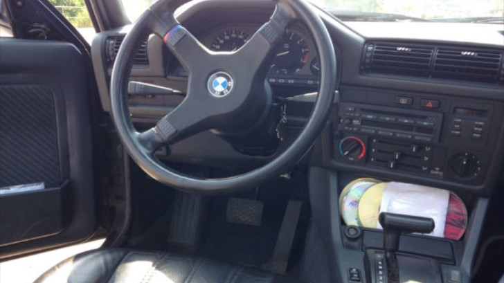 an automatic bmw e30 3 series might not be as bad as you think rh autoevolution com e30 automatic to manual conversion cost e30 automatic to manual conversion