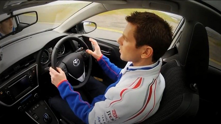 Anthony Davison Tests the Toyota Auris Hybrid [Video]