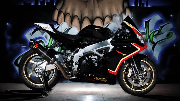 Aprilia RSV-4R by FCR [Photo Gallery]
