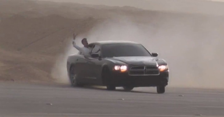 Arab+Drift+Crash Arab Drifting Returns With Dodge Charger Hagwalah ...