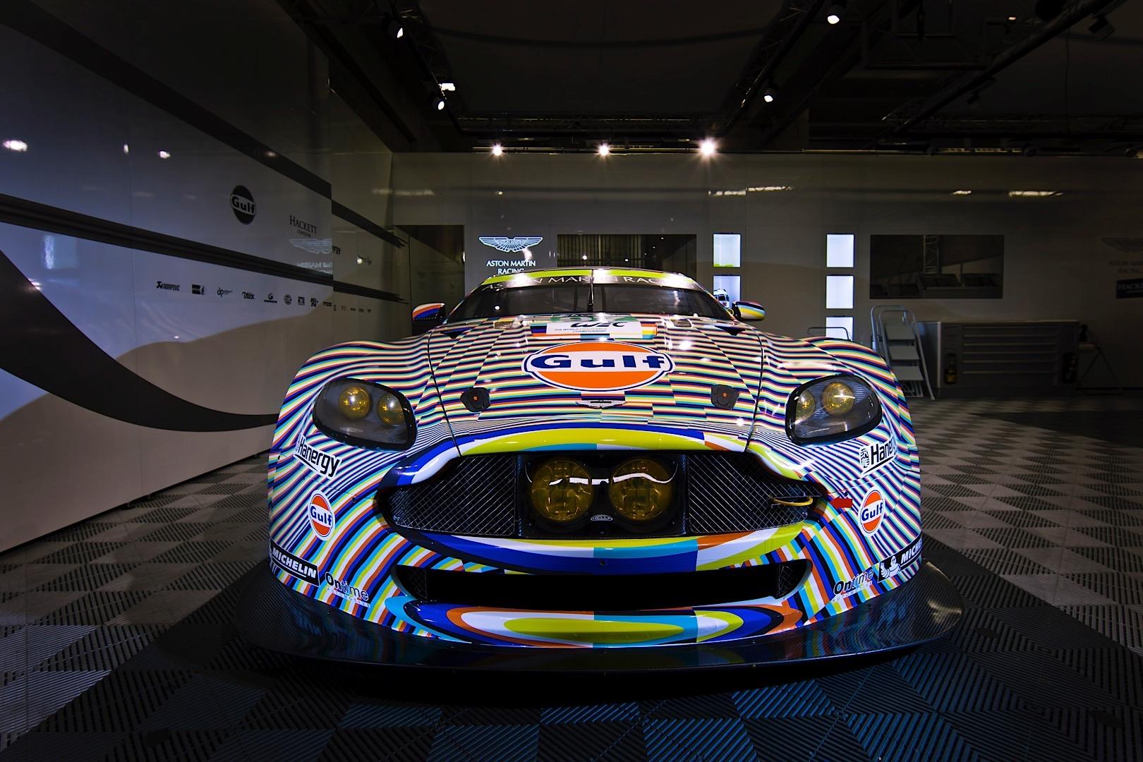 Artist Creates Le Mans Vantage Gte Art Car It Makes Us Dizzy Autoevolution