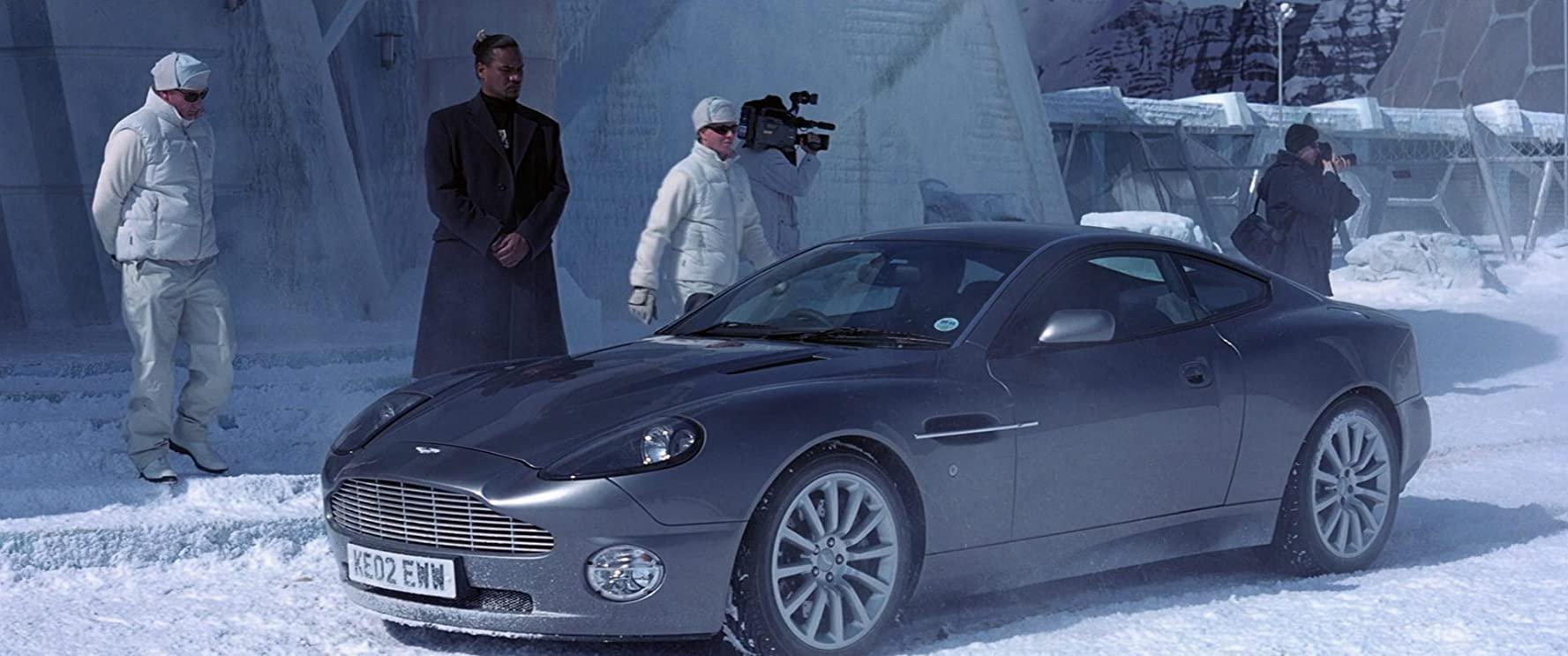 Aston Martin Didn T Want To Let Pierce Brosnan Keep The James Bond V12 Vanquish Autoevolution