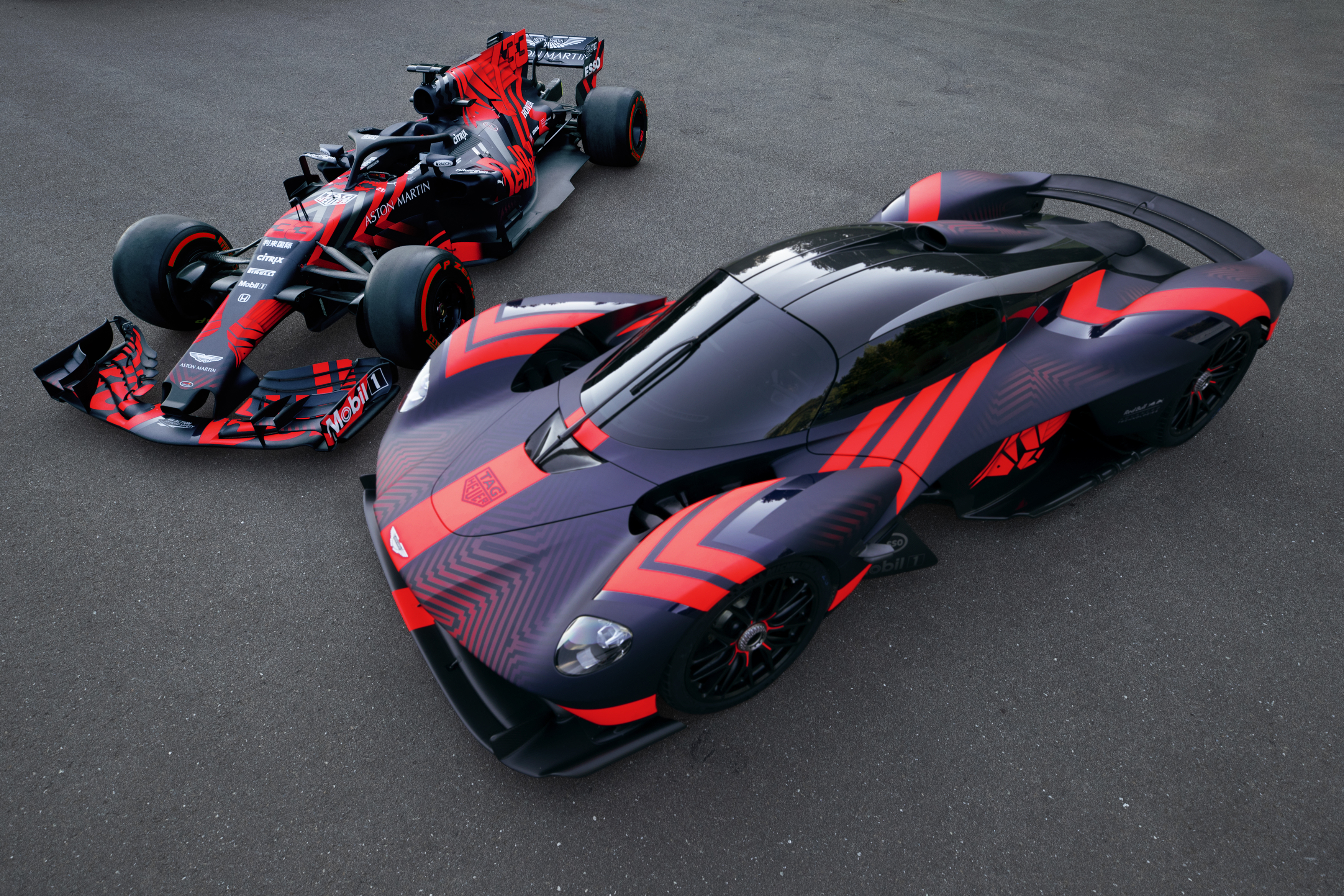 Aston Martin Valkyrie Joins Red Bull Formula 1 Racing Car At Silverstone Circuit Autoevolution
