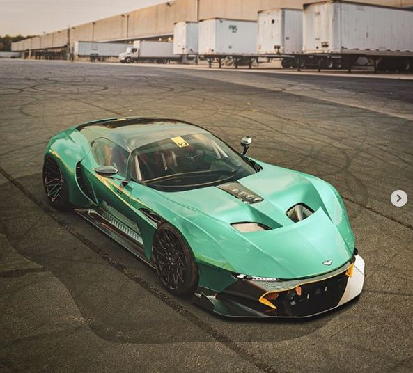 Aston Martin Vulcan >> Aston Martin Vulcan Long Nose Rendered As Street Car Has No