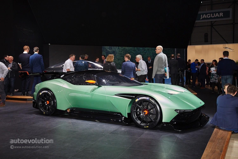 Aston Martin Will Open A Secret Facility To Build The Vulcan Hypercar Autoevolution