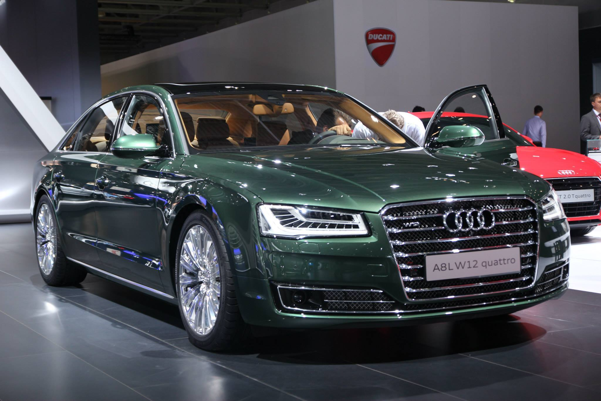 Audi AL W In Verdant Green Pearl Has Jaguar Looks Autoevolution - Audi a8 w12