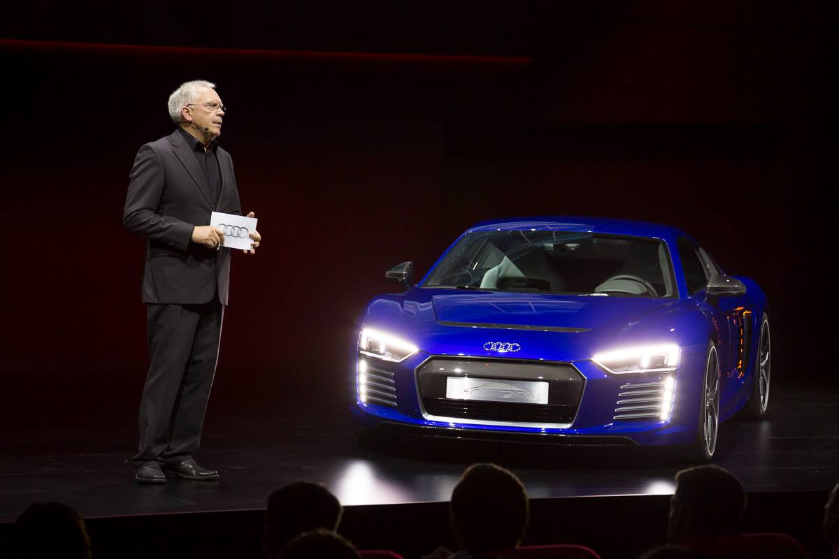 c39c696219d Audi Discontinues R8 e-tron After Less Than 100 Sold... Because ...