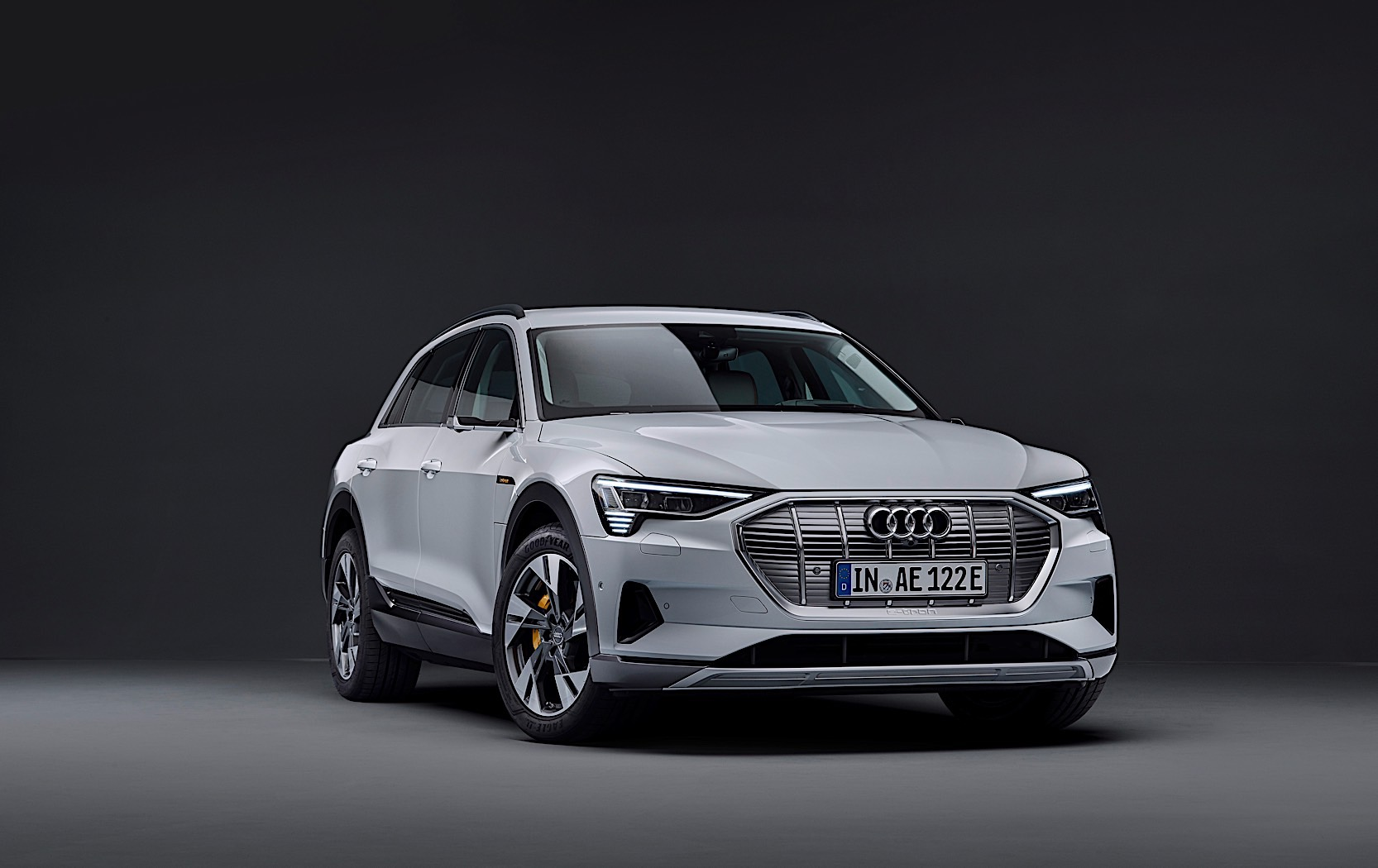 Audi introduced a budget version of electrocreaser e-tron