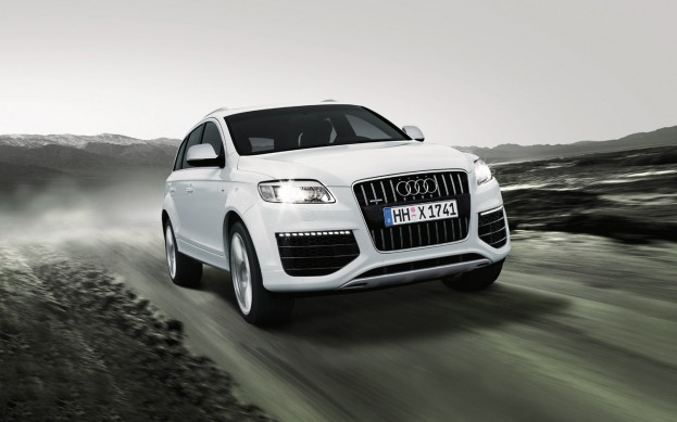 Audi Q7 Special Edition In the Making - autoevolution Pikes Peak Audi Q on audi rs5 pikes peak, audi quattro pikes peak, audi s1 pikes peak, audi r8 pikes peak, ford rs200 pikes peak, toyota tacoma pikes peak,