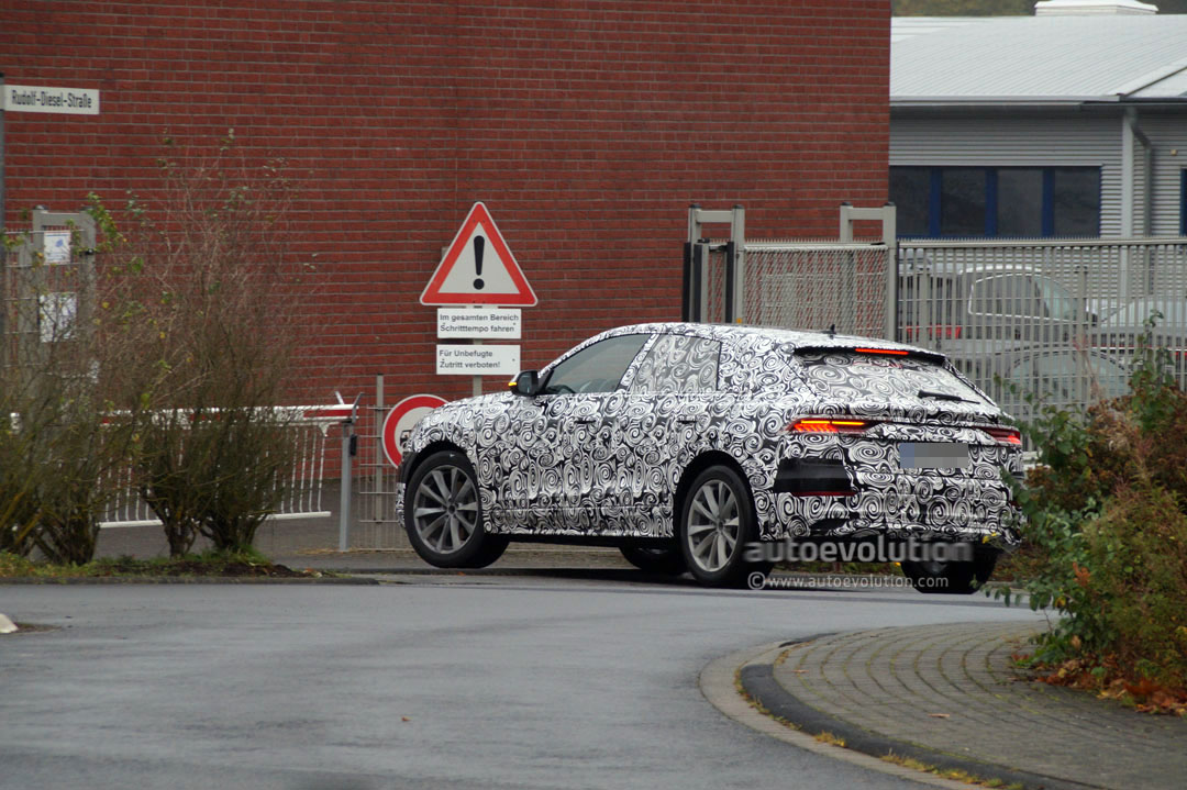 Audi Q8 Looks Like A Poor Man S Lamborghini Urus At Nurburgring