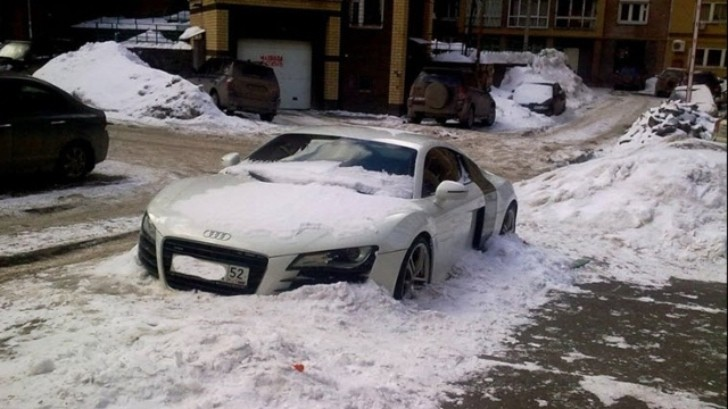 Audi R8 Abandoned in Russian Winter