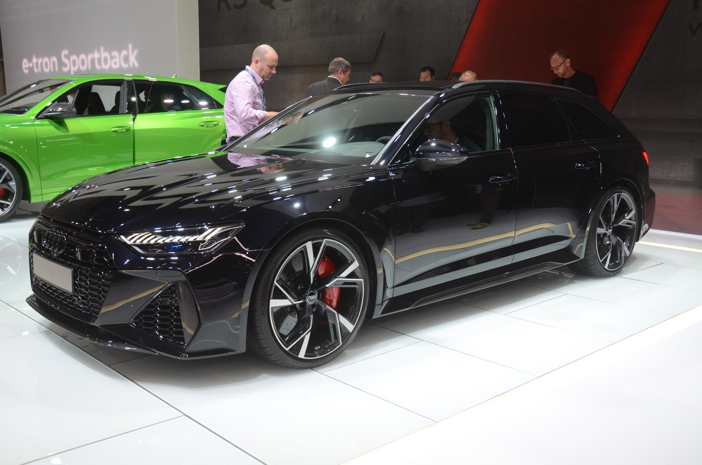 Audi Reveals U S Pricing For Hot Rs6 Wagon It S Cheaper Than The Rs7 Autoevolution