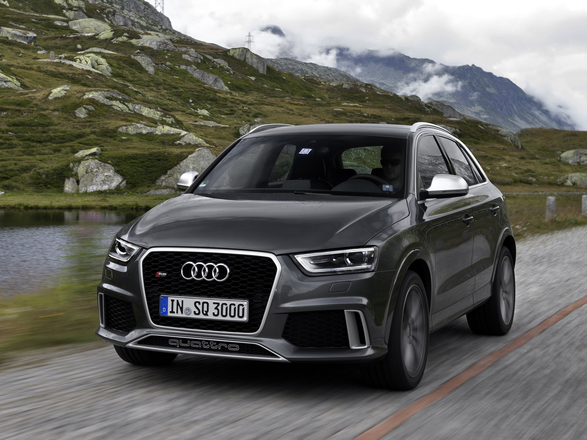 audi rs q3 looks surprisingly fun on the track autoevolution. Black Bedroom Furniture Sets. Home Design Ideas
