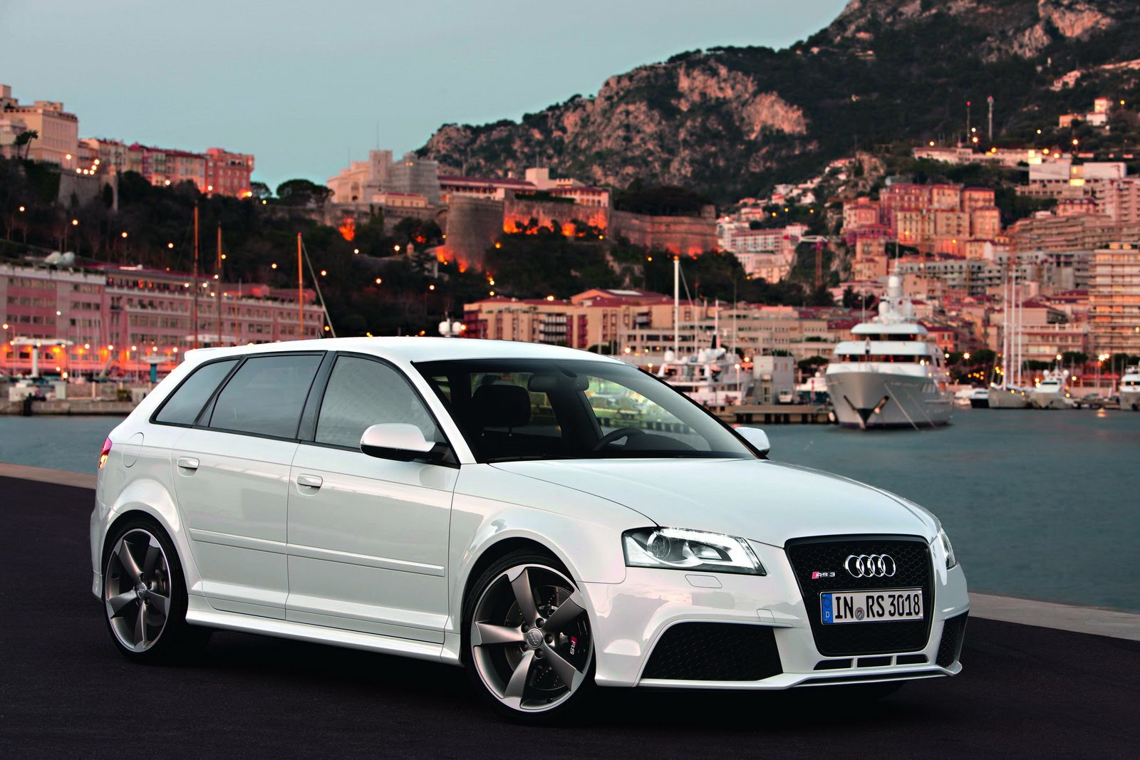 audi rs3 sportback hits the streets of monaco autoevolution. Black Bedroom Furniture Sets. Home Design Ideas