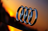 Audi aims to become the number one luxury carmaker by 2015