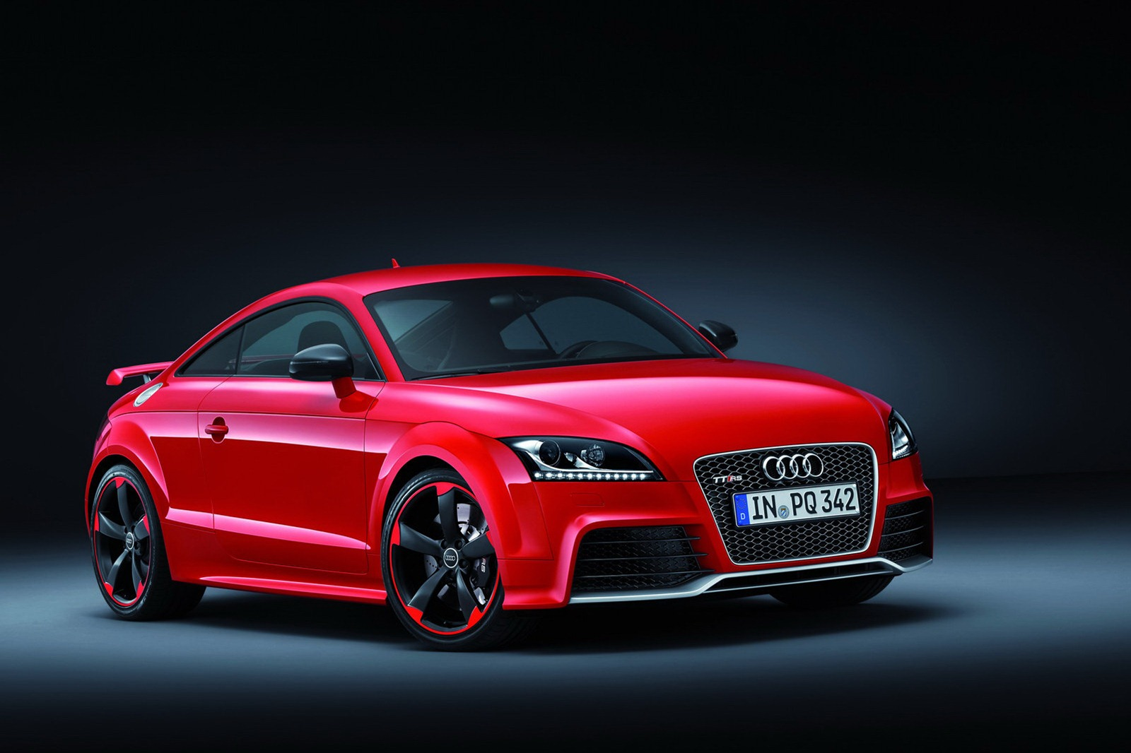 audi tt rs plus has 360 hp pricing announced autoevolution. Black Bedroom Furniture Sets. Home Design Ideas