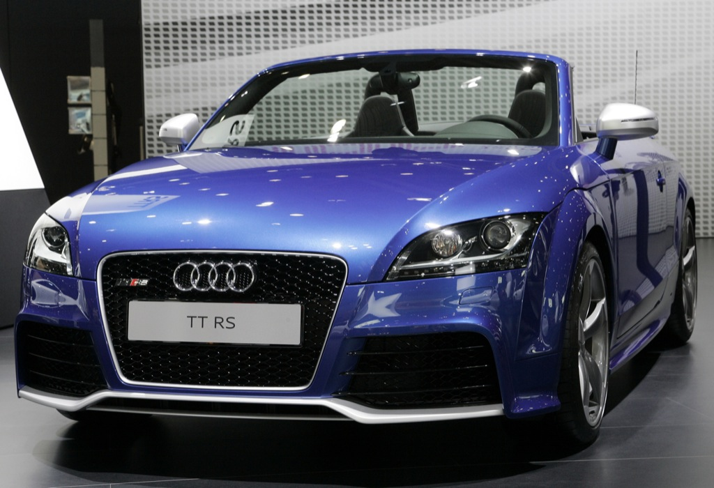 audi tt rs roadster sees daylight in leipzig autoevolution. Black Bedroom Furniture Sets. Home Design Ideas