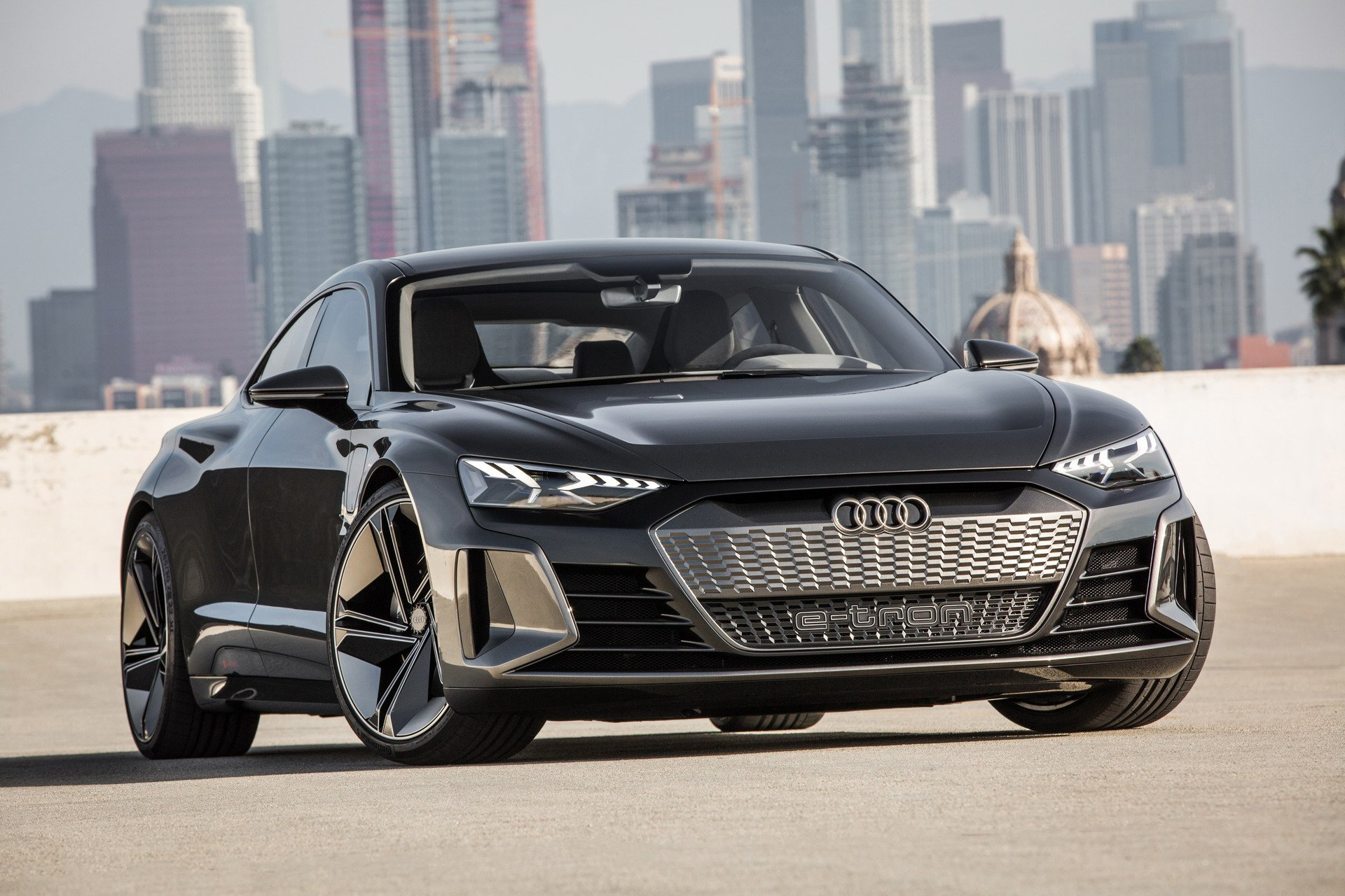 2020 Audi R8 E Tron Performance and New Engine
