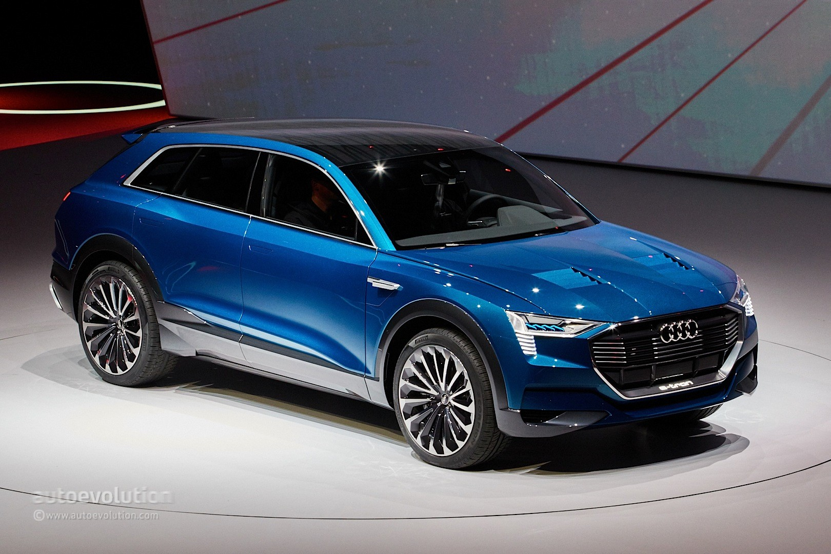 2018 audi e tron quattro. interesting tron audi etron quattro concept live photos with 2018 audi e tron r