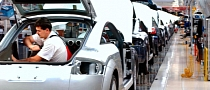 Auto Suppliers Racing to Meet New Fuel-Economy Standards