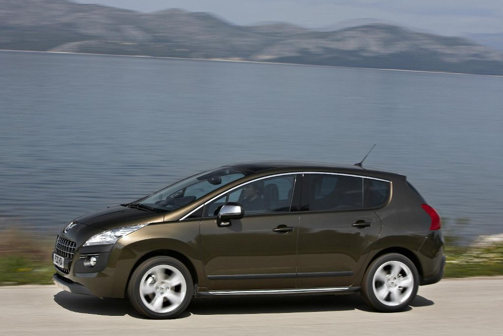 automatic peugeot 3008 goes to the uk autoevolution