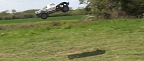 Awesome RC Truck Makes Huge Jumps [Video]