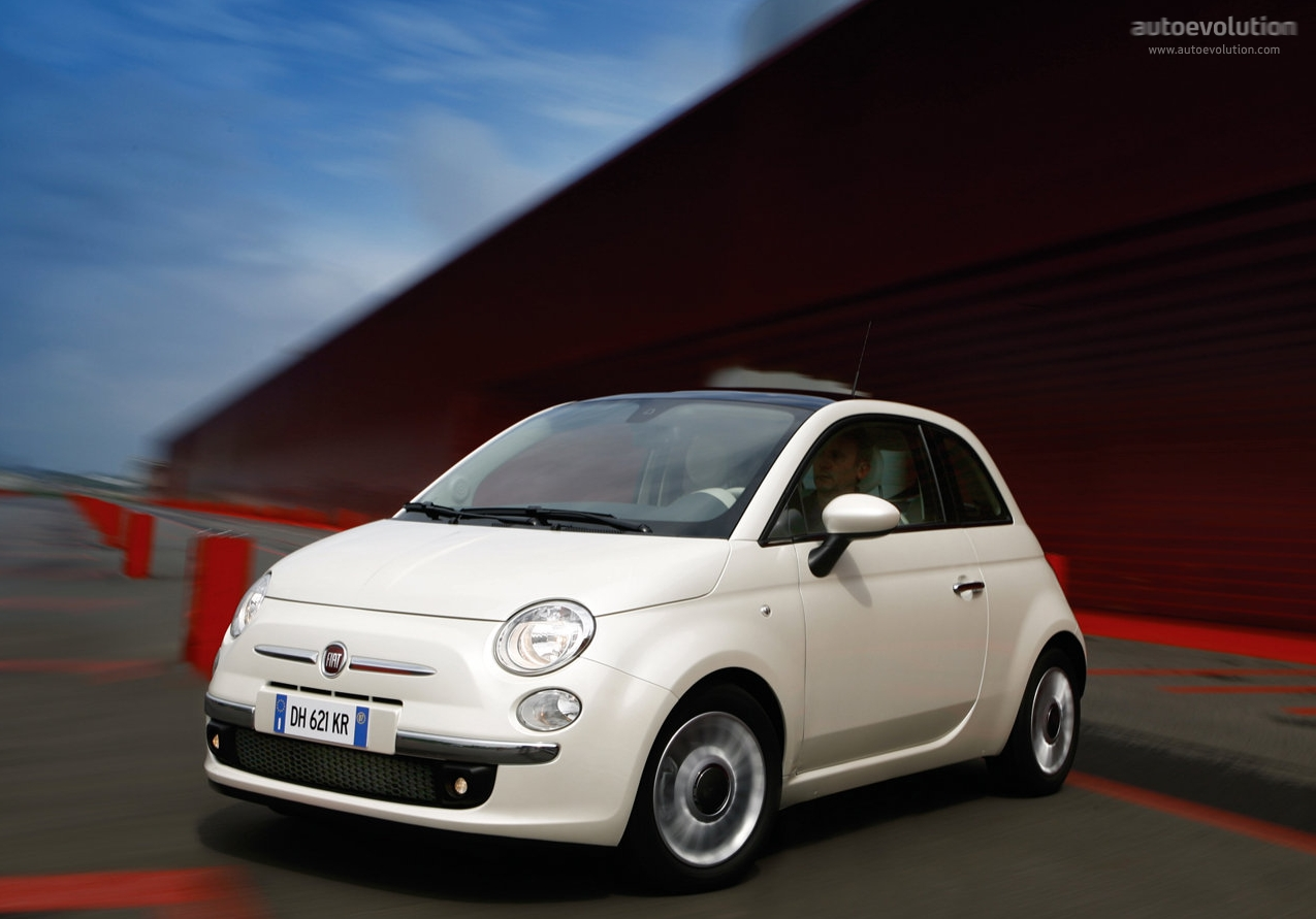 Baby Fiat Makes Parents Proud Autoevolution