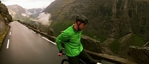 Backwards Downhill Bike Ride at 80 KMPH [Video]