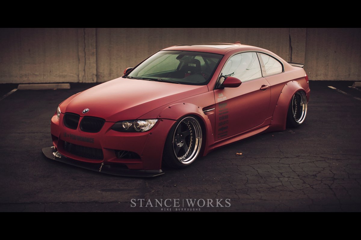 bag riders 39 bmw e92 335i xdrive stands out at sema. Black Bedroom Furniture Sets. Home Design Ideas