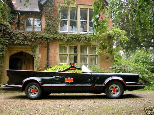 batmobile mk1 for sale on ebay autoevolution. Black Bedroom Furniture Sets. Home Design Ideas