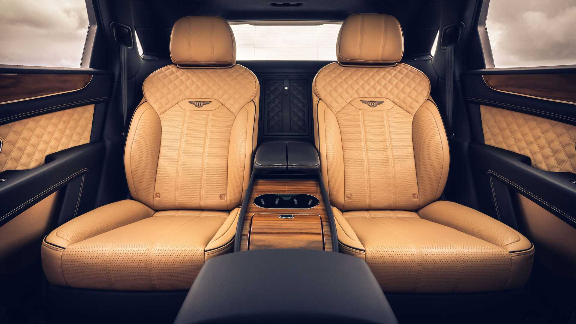 Be The Lord Captain In The Four Seat 2021 Bentley Bentayga Autoevolution