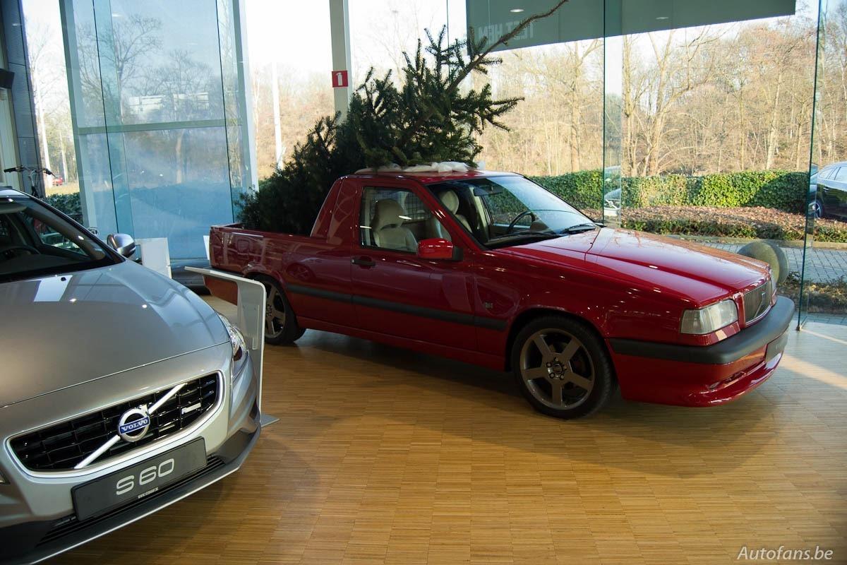 Belgian Volvo Dealer Has Special Way of Celebrating Christmas