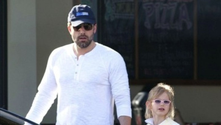 Ben Affleck Takes Daughters For a Ride in His Lexus LS ...