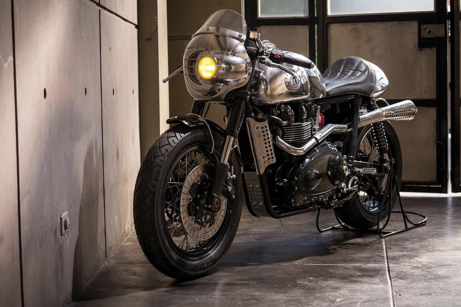 Benjie S Triumph Thruxton Steampunk Racer Autoevolution