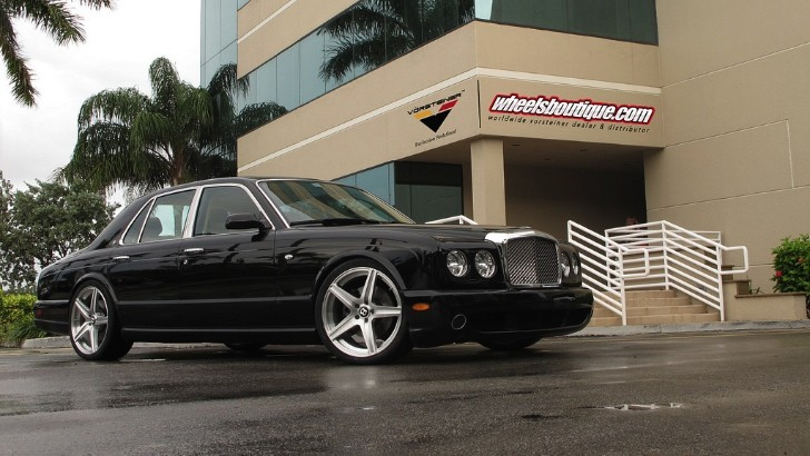 Bentley Arnage Shines on Vorsteiner Wheels [Photo Gallery]