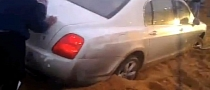 Bentley Continental Flying Spur Stuck in Sand [Video]