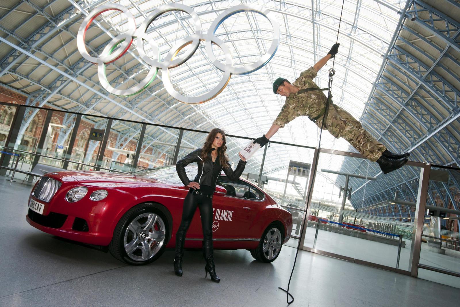 Continental gt bond girl amp commandos at new james bond book launch