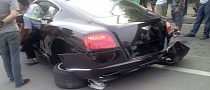 Bentley Continental GT Crash in China: Wheels Fall Off