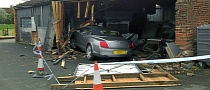 "Bentley Continental GTC ""Checks In"" at Hotel: Crash"