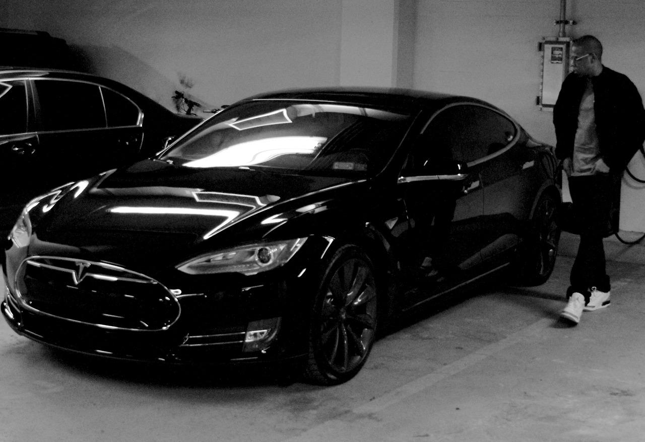 Beyonce Shares Photo of Jay Z's New Tesla Model S ...