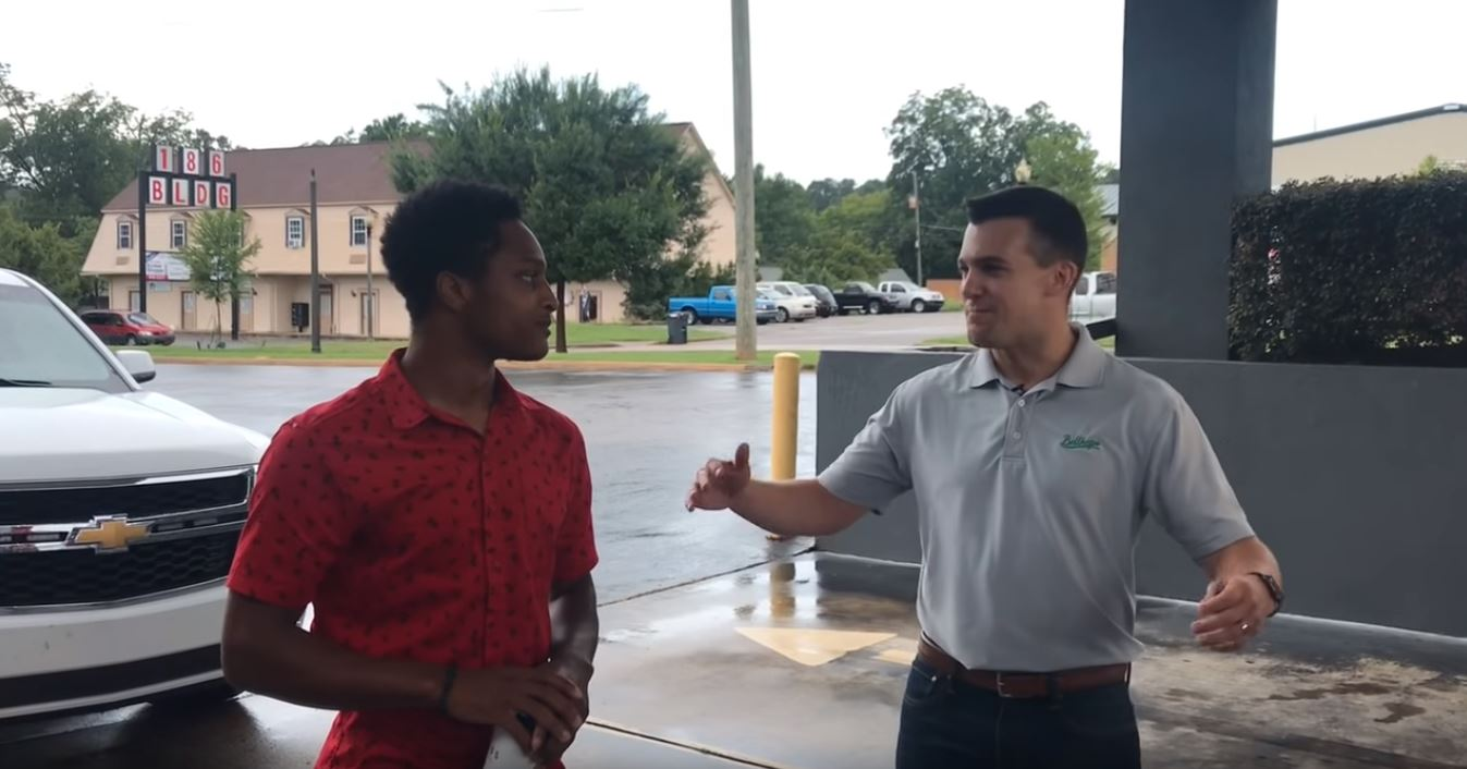 College Student Receives Car From CEO After Walking 20 Miles to Work