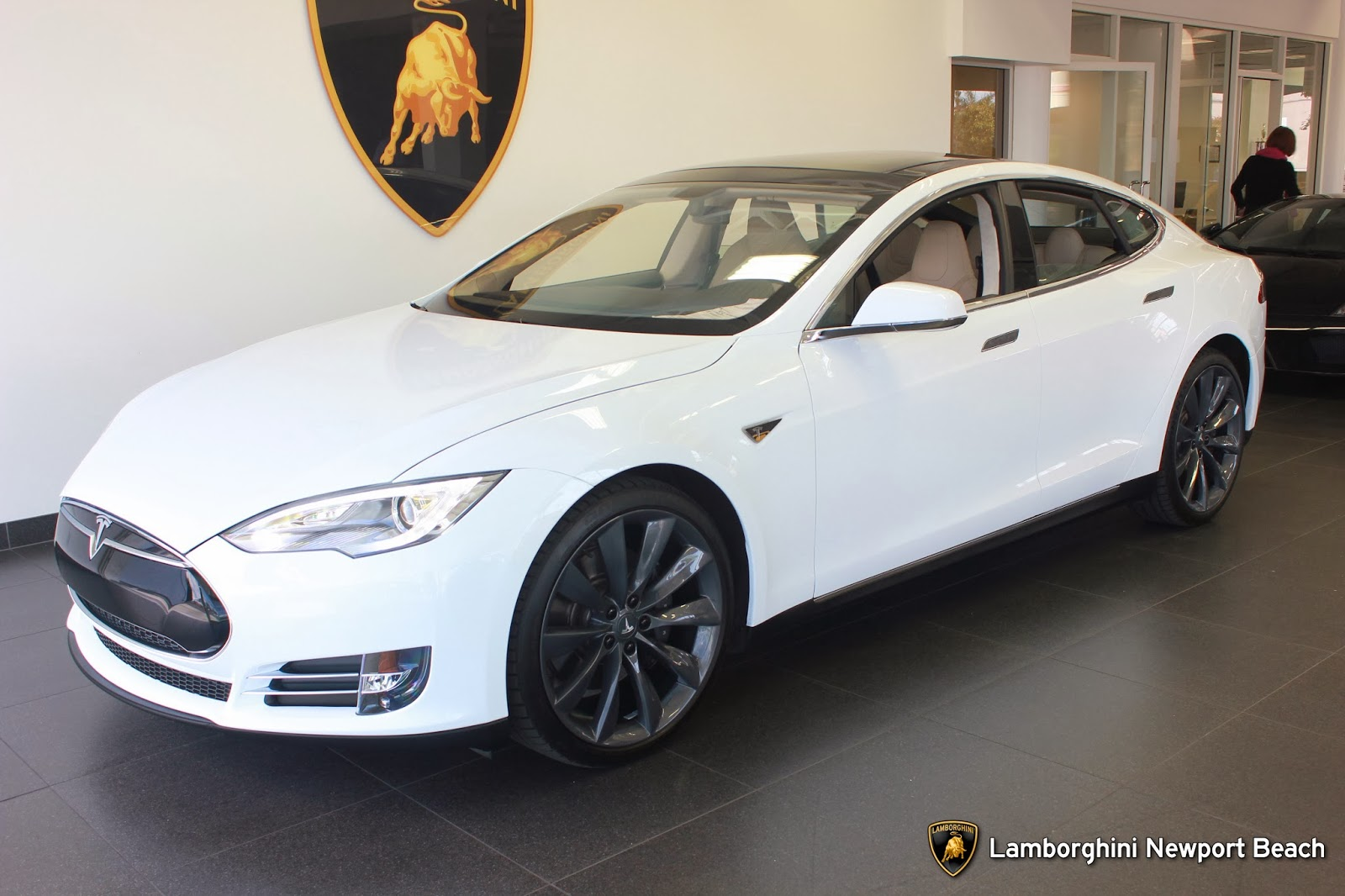 Bitcoin Tesla Electronic Currency Pays For Electric Car